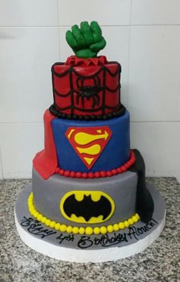 10-Tarta-frikis-Superheroes-10