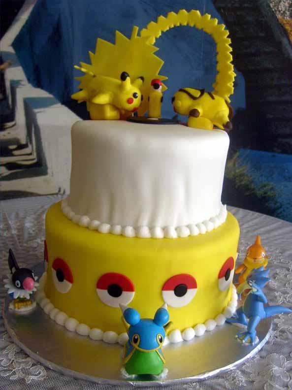 4-Tarta-friki-Pikachu-4
