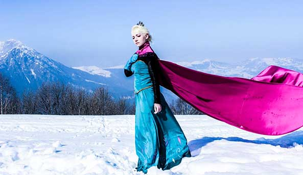 21-Cosplay-Elsa-Frozen