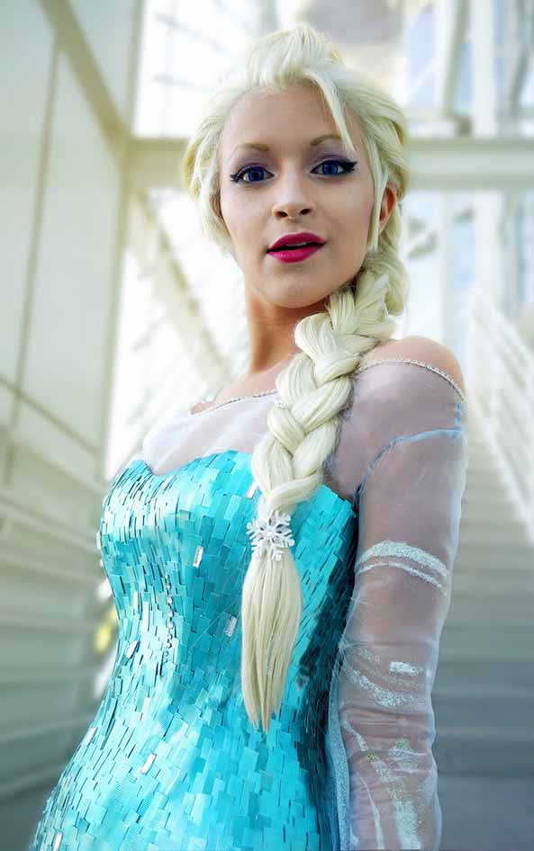 3-Cosplay-Elsa-Frozen