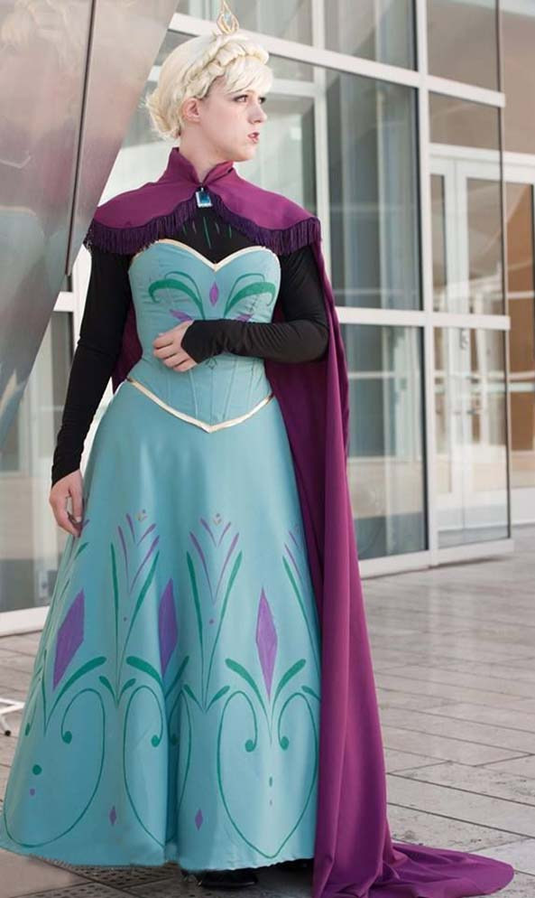 33-Cosplay-Elsa-Frozen
