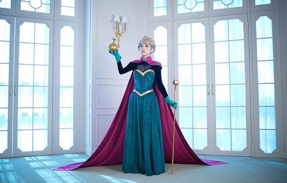 43-Cosplay-Elsa-Frozen