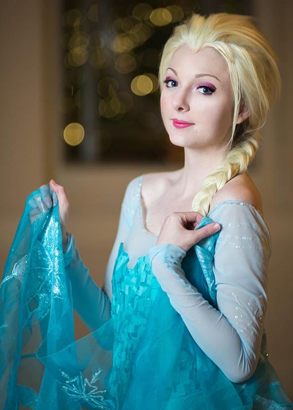 6-Cosplay-Elsa-Frozen