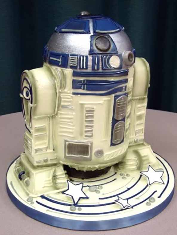 30-Tarta-friki-R2-D2-StarWars-30