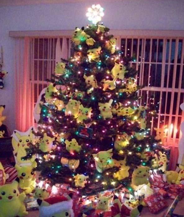 13-Arbol-Navidad-Frikis-Pikachu