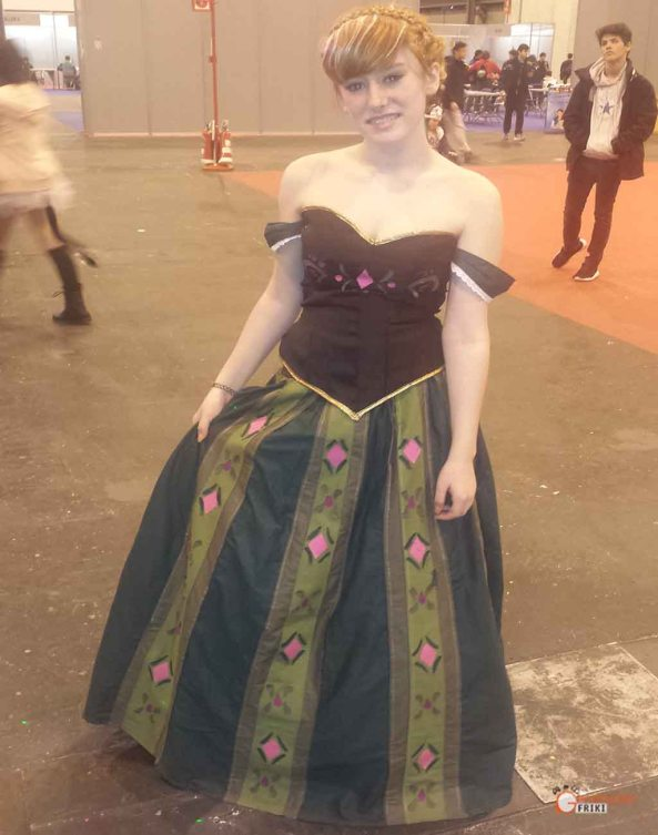 Japan-Weekend-Cosplay-2016-31-Anna-(Frozen)