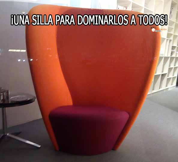1147) 15-12-15 silla-para-dominarlos-a-todos-Humor