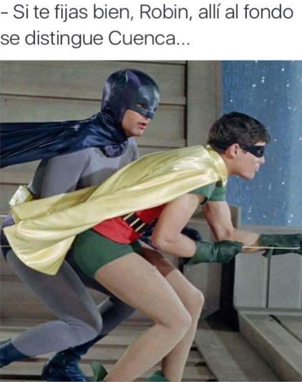 1356) 28-07-16 Batman-Robin-Cuenca-Humor
