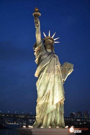 Generacion-Friki-En-Japon-Isla-Odaiba-Estatua-Libertad