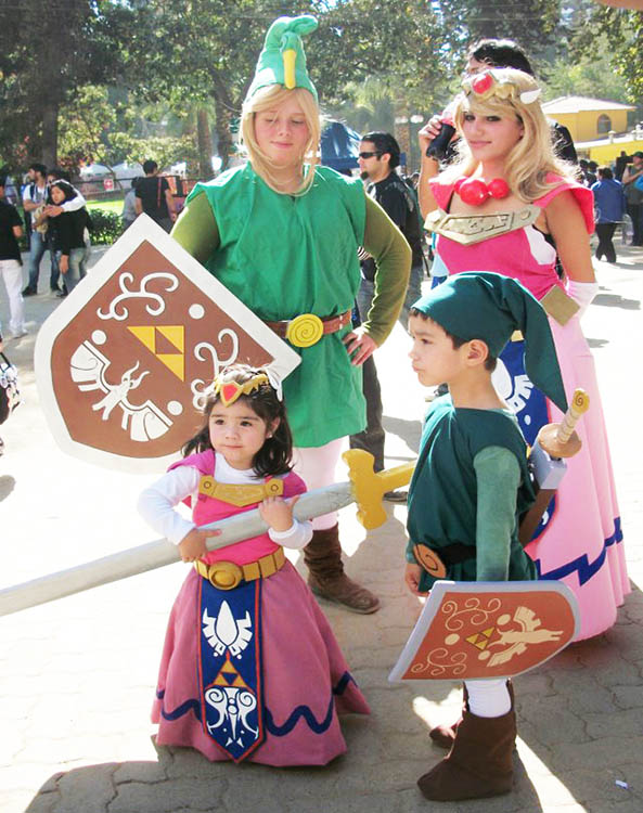 13-Cosplay-Link-Zelda-pareja-25-Familia-Zelda