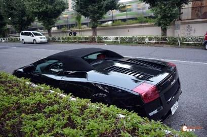 Generacion-Friki-En-Japon-coches-Shibuya-Harajuku-Lamborghini-a