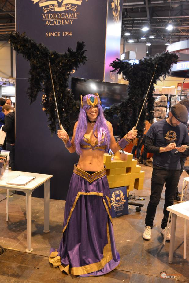24-Cosplay-Heroes-Comic-con-2017-Morgana-(LOL)