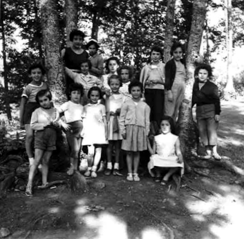 Children on a trip to Soriano nel Cimino (province of Viterbo), for the annual chestnut festival (INA social club, 1958)