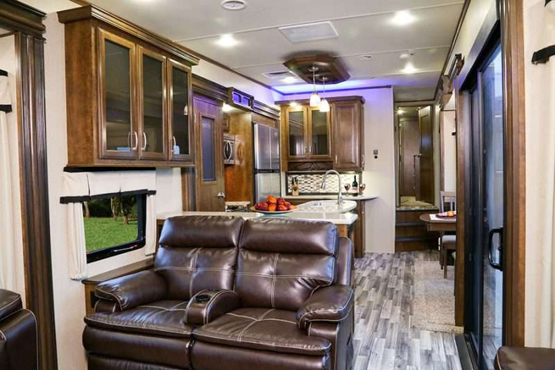 The 2015 Solitude 375 RE Fifth Wheel Wins Best In Show