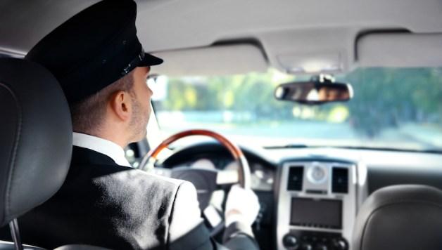Un chauffeur professionnel
