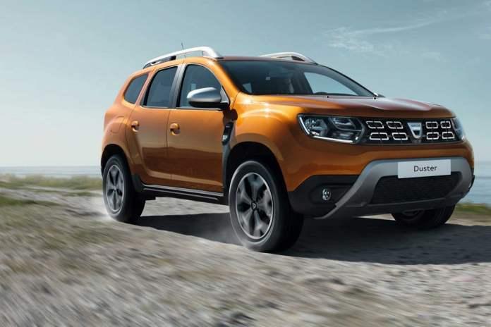 Le Duster est le premier modèle Dacia à recevoir le nouveau moteur 1.0 TCe à bicarburation essence et GPL. La gamme GPL se recompose ainsi chez Dacia. Et, surtout, Dacia se permet de proposer cette technologie au même prix que la version 100 % essence, soit à partir de 12 490 €. Ce moteur bicarburation arrivera ensuite au printemps prochain sur les Sandero, Logan et Logan MCV, avec certainement la même stratégie tarifaire.