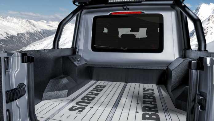 Brabus  Mercedes G de 800 ch un pick-up  équipé de ponts portiques Sous le capot le V8 4.0 biturbo est porté à 800 ch