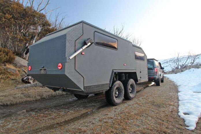 la version Bruder EXP-6, le modèle haut de gamme avec ses 4 roues articulées