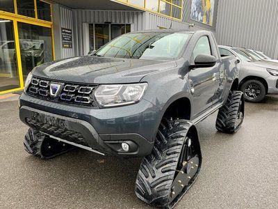 Balleydier 4x4 Un Duster à chenilles Kit spécial neige pour le Dacia version Pick up