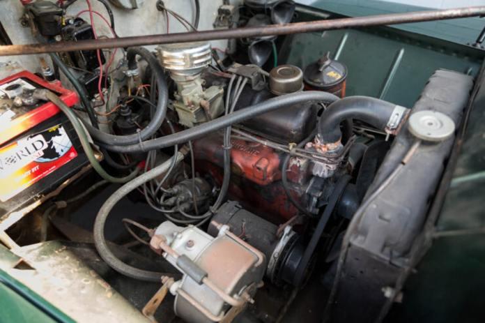 Jeep Willys SW Camper 1949 aux enchères Le 4x4 de loisir originel !