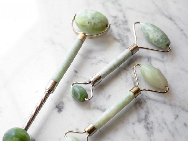jade-roller