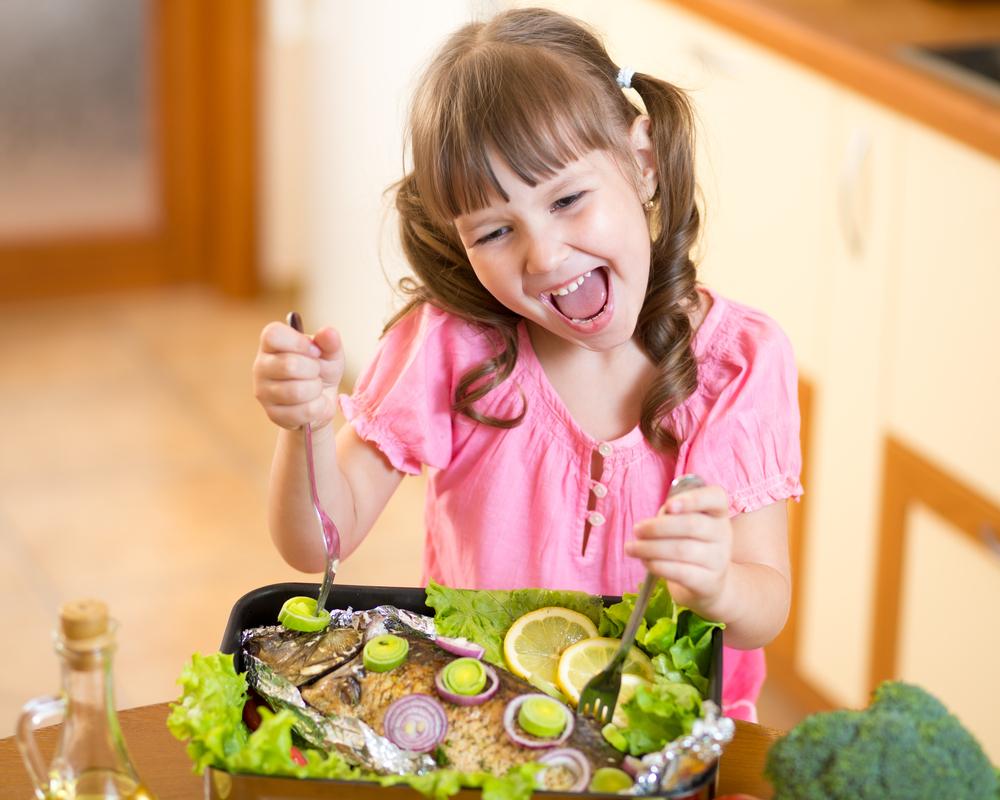 Αποτέλεσμα εικόνας για fish AND child