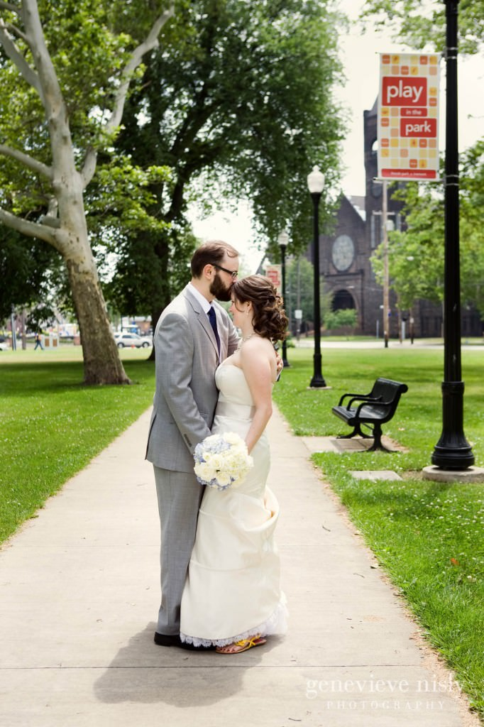 erin-dave-002-windows-on-the-river-cleveland-wedding-photographer-genevieve-nisly-photography