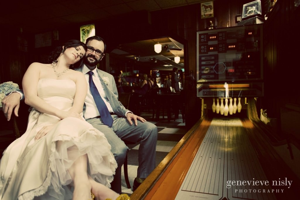 erin-dave-015-windows-on-the-river-cleveland-wedding-photographer-genevieve-nisly-photography