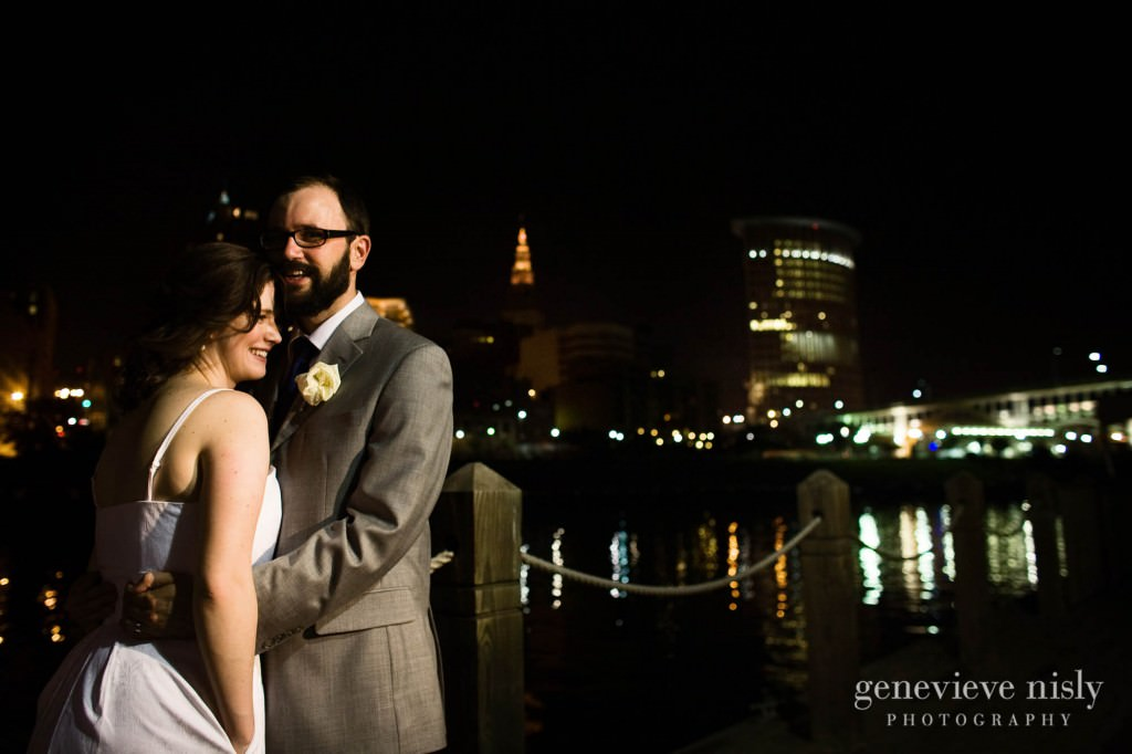 erin-dave-040-windows-on-the-river-cleveland-wedding-photographer-genevieve-nisly-photography
