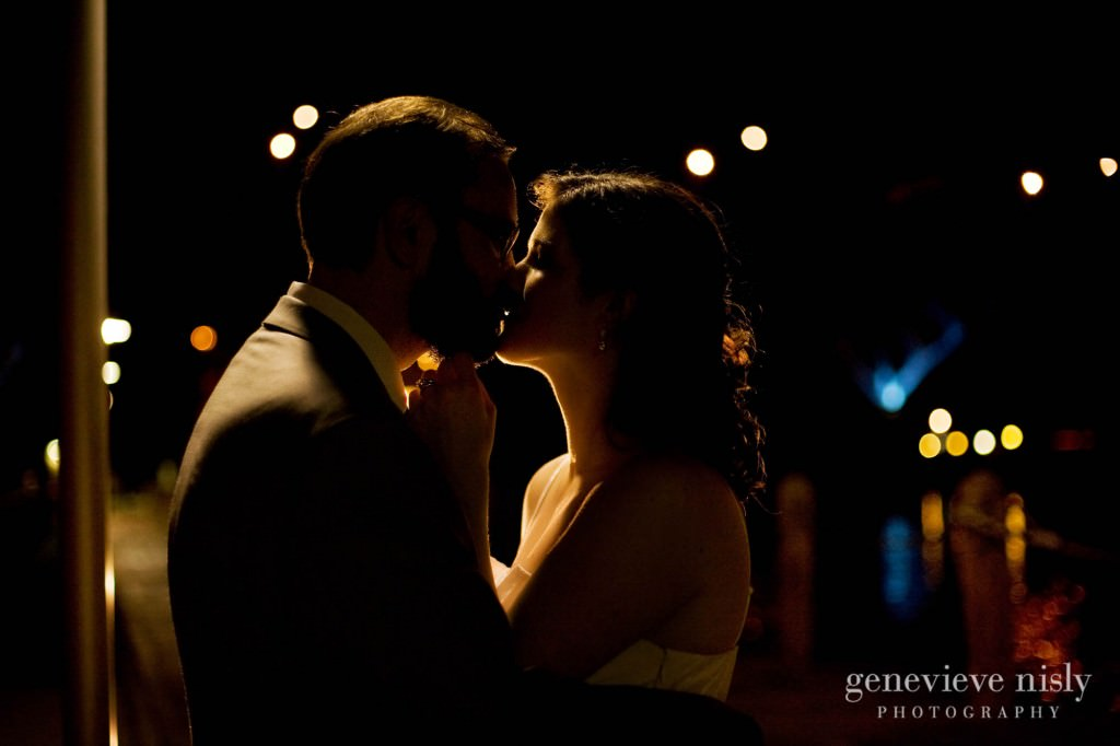 erin-dave-041-windows-on-the-river-cleveland-wedding-photographer-genevieve-nisly-photography