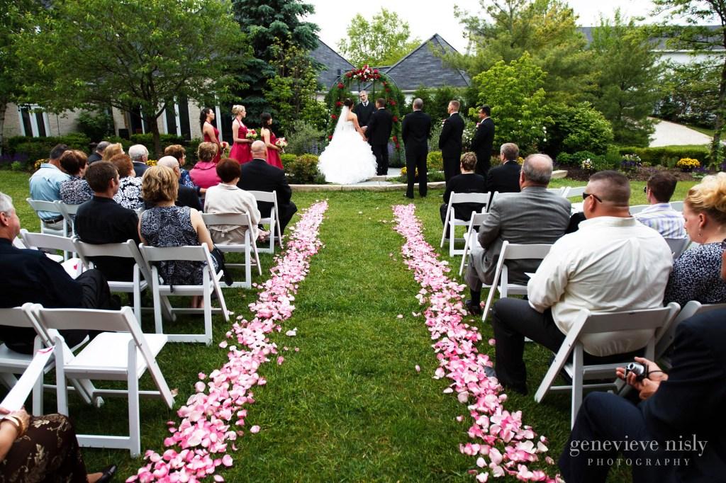 Aurora, Ohio, Spring, Walden Inn, Wedding