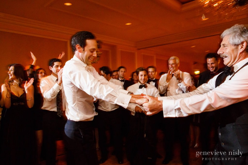 Cleveland, Copyright Genevieve Nisly Photography, Ohio, Ritz Carlton, Summer, Wedding