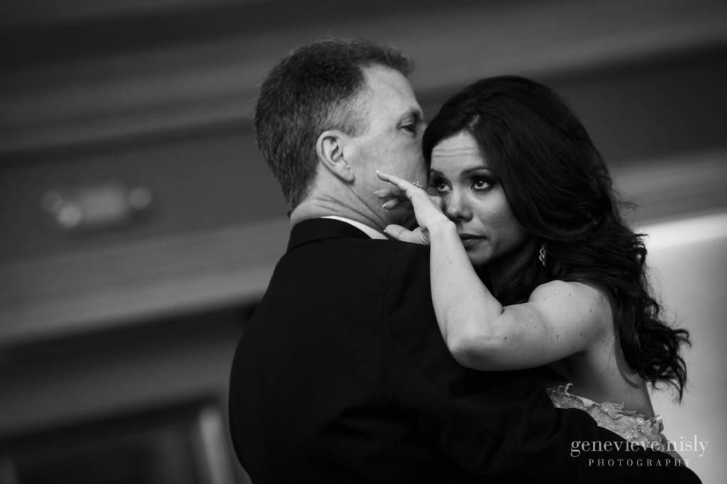 kimberly-jerry-013-saint-vladimir-grand-hall-cleveland-wedding-photographer-genevieve-nisly-photography