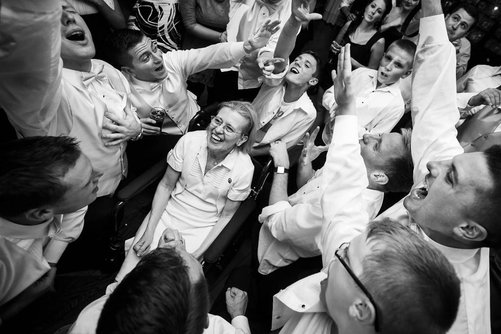 030-cleveland-ohio-wedding-photographer-genevieve-nisly-photography