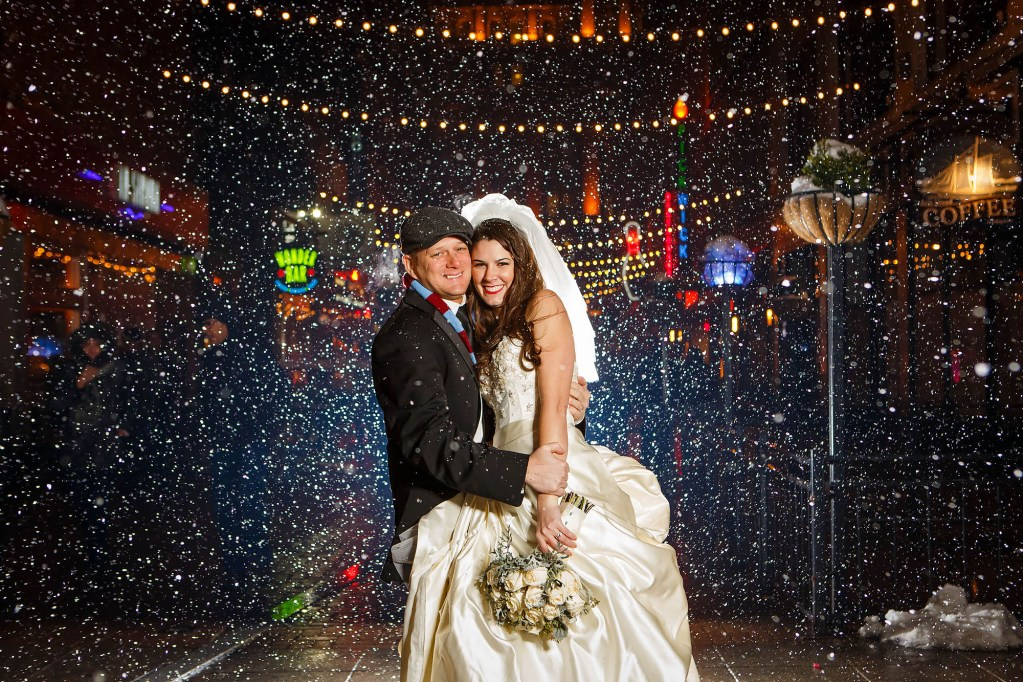 043-east-4th-street-cleveland-wedding-photographer-genevieve-nisly-photography