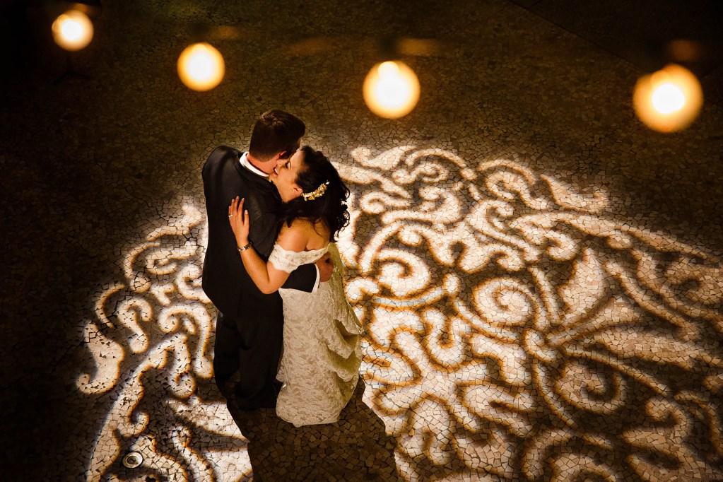 046-hyatt-cleveland-ohio-wedding-photographer-genevieve-nisly-photography