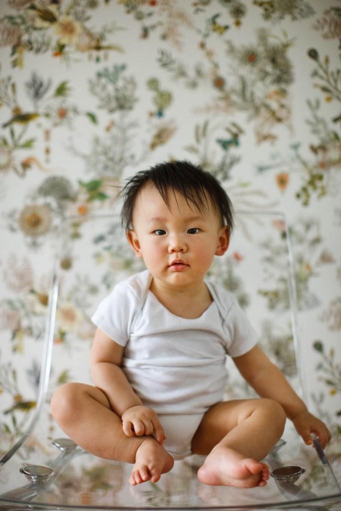 babies-025-cleveland-akron-portrait-photographer-genevieve-nisly-photography