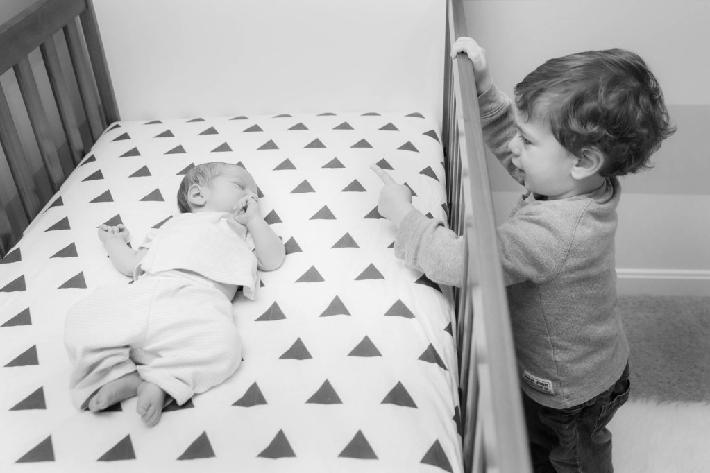 babies-033-cleveland-akron-portrait-photographer-genevieve-nisly-photography