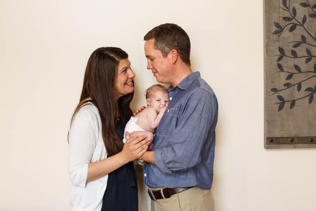 babies-046-cleveland-akron-portrait-photographer-genevieve-nisly-photography
