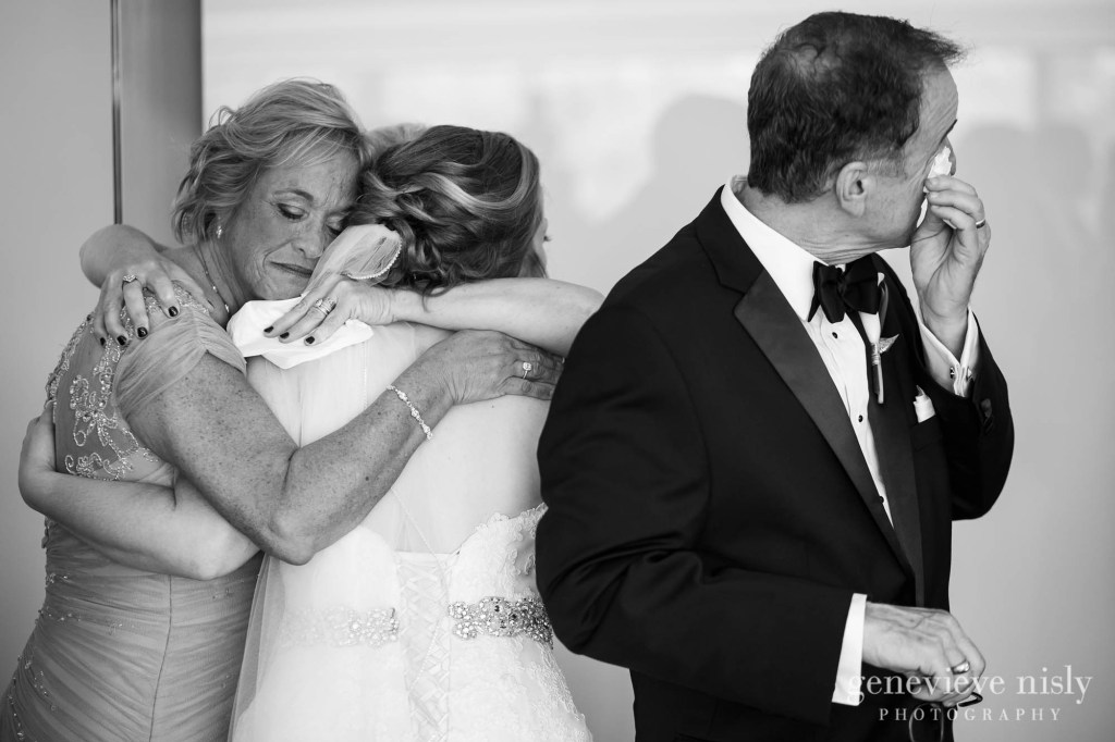 steven-beth-025-museum-of-art-cleveland-wedding-photographer-genevieve-nisly-photography