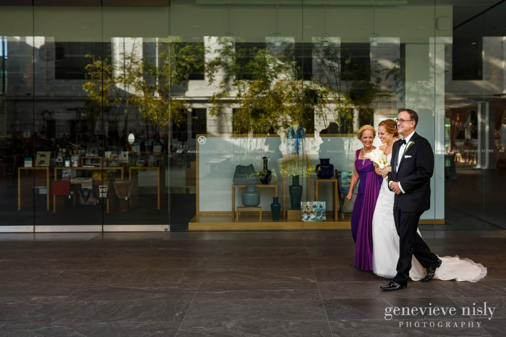 steven-beth-028-museum-of-art-cleveland-wedding-photographer-genevieve-nisly-photography