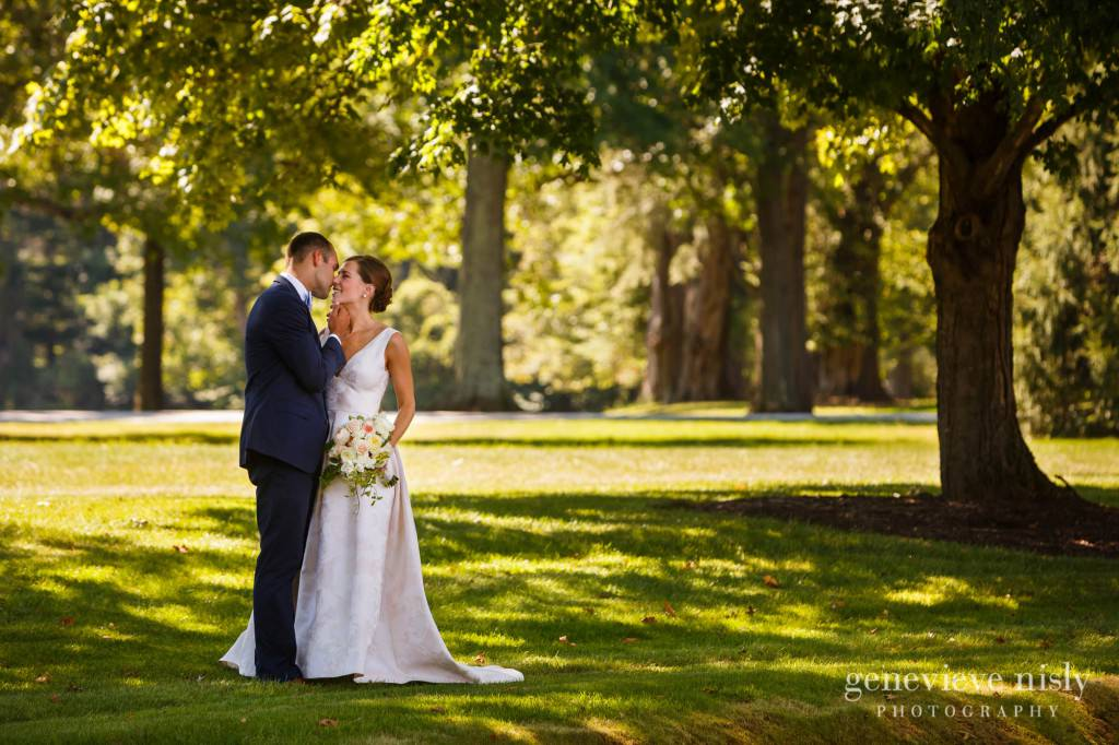 Margaret-Sam-022-chagrin-valley-hunt-club-gates-mills-wedding-photographer-genevieve-nisly-photography