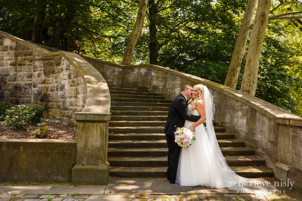 Alyssa-Brian-016-cultural-gardens-cleveland-wedding-photographer-genevieve-nisly-photography