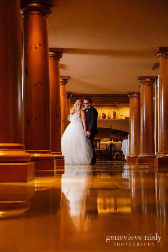 Alyssa-Brian-031-renaissance-hotel-cleveland-wedding-photographer-genevieve-nisly-photography