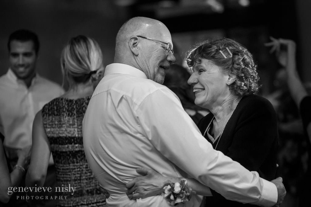 Copyright Genevieve Nisly Photography, Summer, Wedding, Ohio, Akron, Stan Hywet