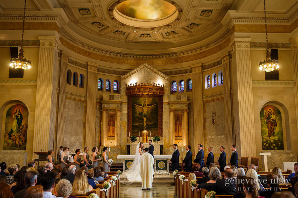 lauren-craig-014-st-ann-cleveland-wedding-photographer-genevieve-nisly-photography