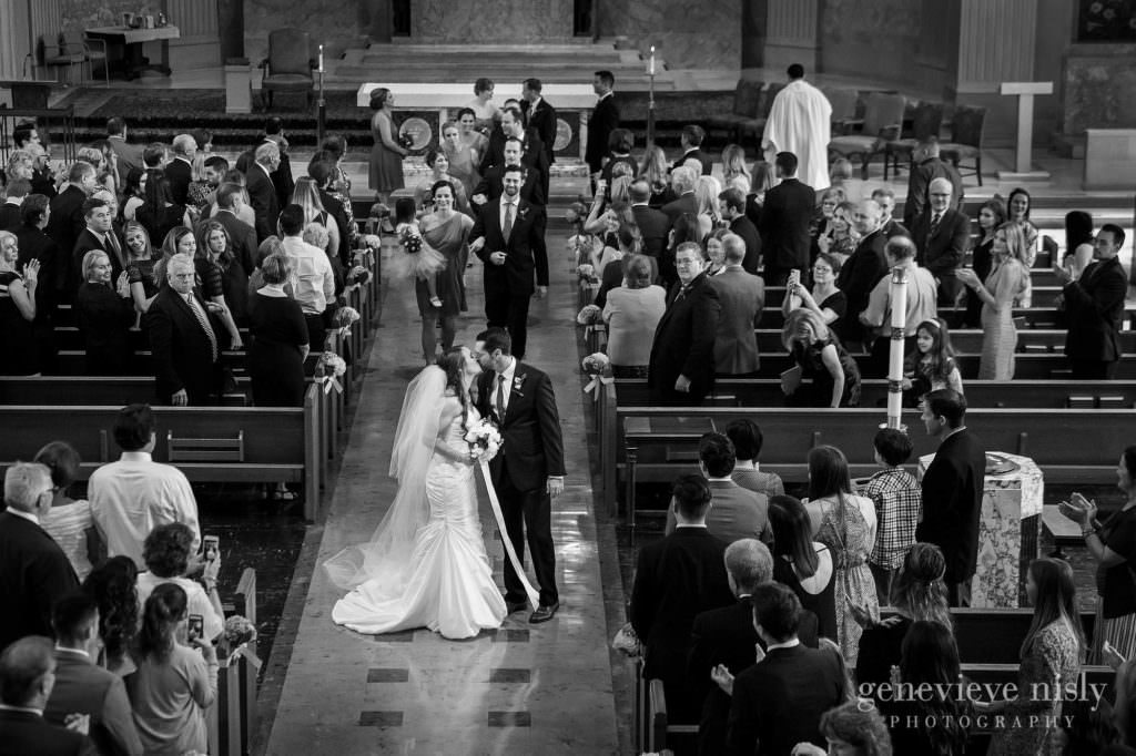 lauren-craig-017-st-ann-cleveland-wedding-photographer-genevieve-nisly-photography