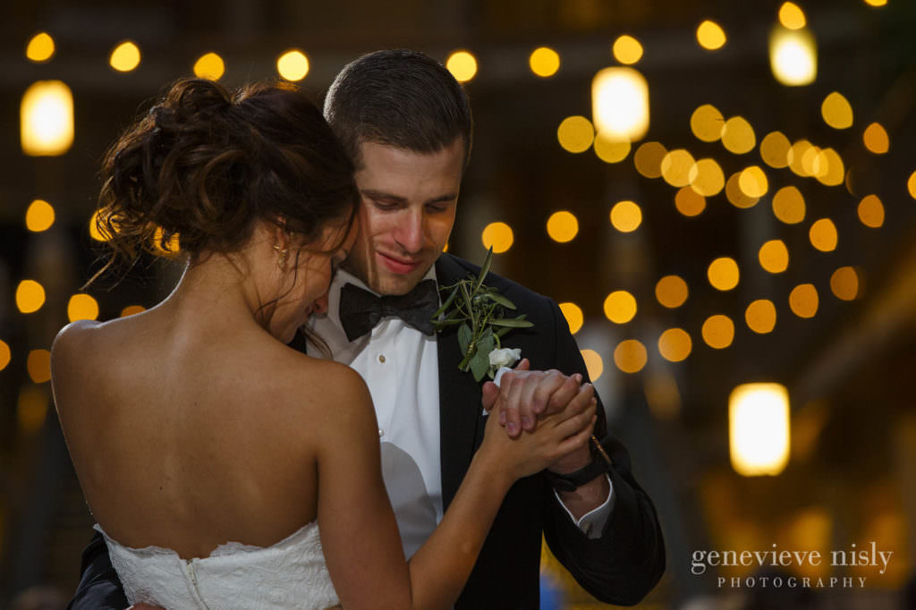 Ohio, Copyright Genevieve Nisly Photography, Wedding, Summer, Cleveland, Hyatt Arcade