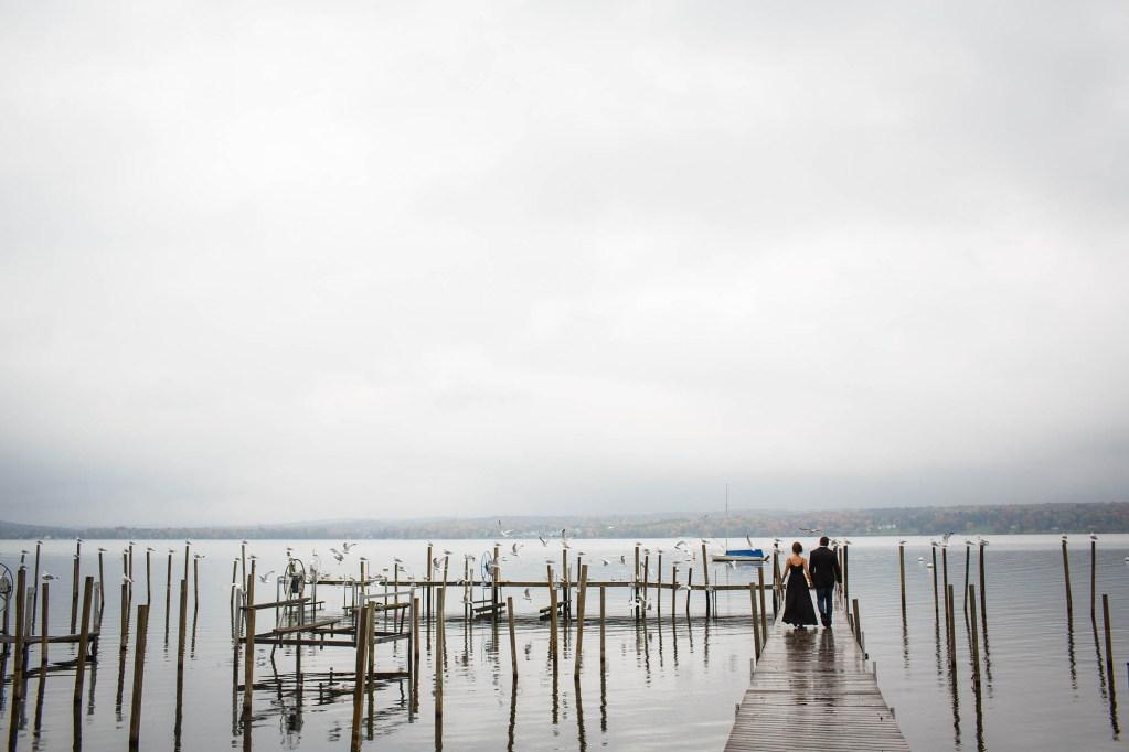 08-Chautauqua-Lake-engagement-photographer-genevieve-nisly-photography