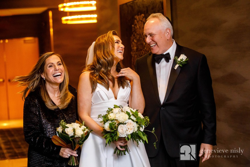 Cleveland, Wedding, Copyright Genevieve Nisly Photography, St. Clair Ballroom